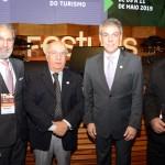 Kháled Mahassen, da Lynden Operadora, Sebastião Pereira e Fernando Santos, da Aviesp, e Antônio Carlos Carbone, da Abracorp