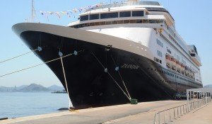 Holland America define retorno dos navios Volendam e Zaandam