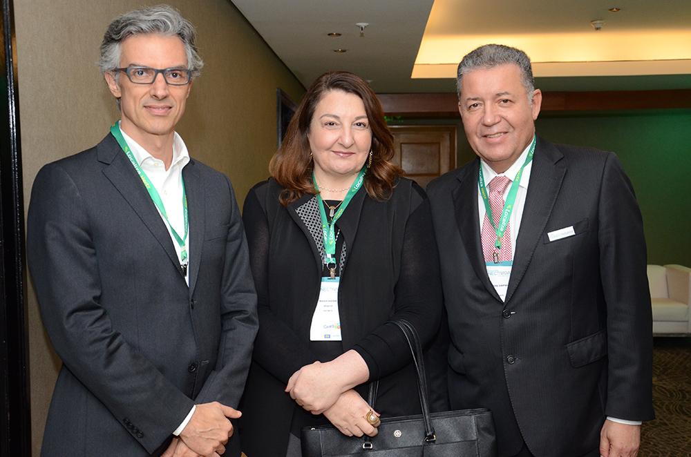 Marco Ferraz, da Clia Brasil, Magda Nassar, da Braztoa, e Alexandre Sampaio, da FBHA