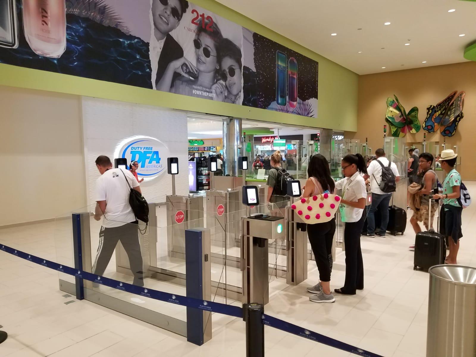 A tecnologia de imigração automatizada da Sita processa passageiros em segundos