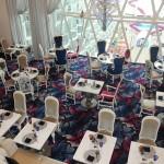 Salão de jantar do restaurante da Alice no País das Maravilhas