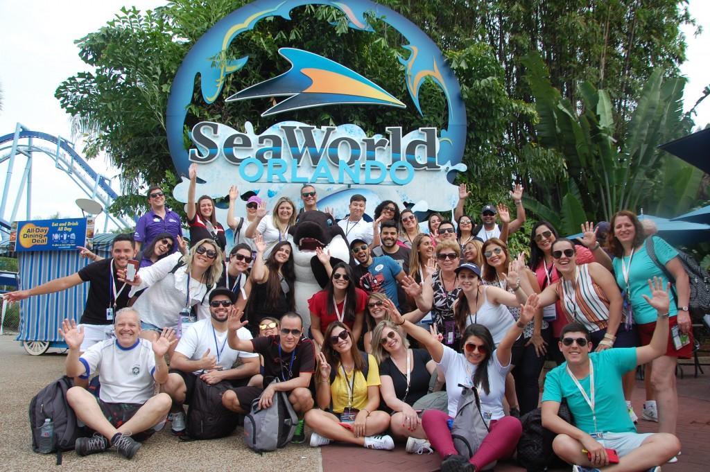 SeaWorld foi um dos parques visitados pelo Super Fam