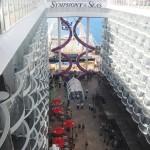 Tomada aérea do Boardwalk do Symphony of the Seas