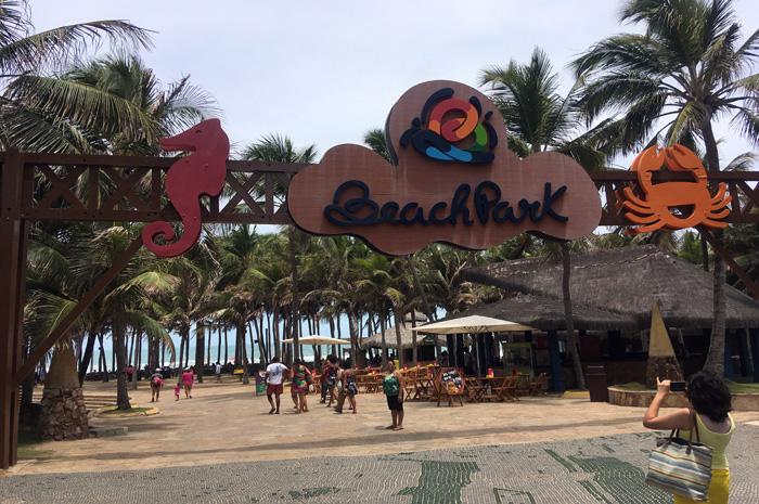 Beach Park em Fortaleza, no Ceará, é um dos principais parques aquáticos brasileiros