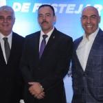 Alfredo Lopes, presidente da ABIH-RJ, Richard Nunes, secretário de Segurança do RJ, e Marcelo Alves, presidente da Riotur