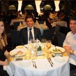 Fabricio Oliveira, prefeito de Balneário Camboriú, com sua esposa Mozara Paris, e Emerson Stein, prefeito de Porto Belo