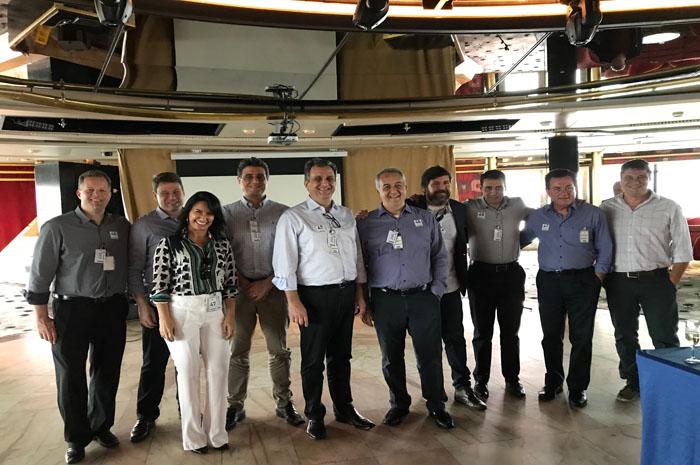 A CVC é a operadora que mais vende cruzeiros no Brasil e tem o transatlântico Soberano como um de seus principais produtos no segmento marítimo