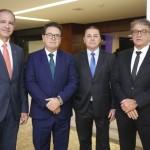 Regis Medeiros, secretário de Turismo de Fortaleza, Vinicius Lummertz, ministro do Turismo, Eliseu Barros, presidente da ABIH-CE, e Arialdo Pinho, secretário de Turismo do Ceará