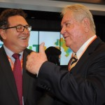 Vinicius Lummertz, ministro do Turismo, e Roy Taylor, presidente do M&E