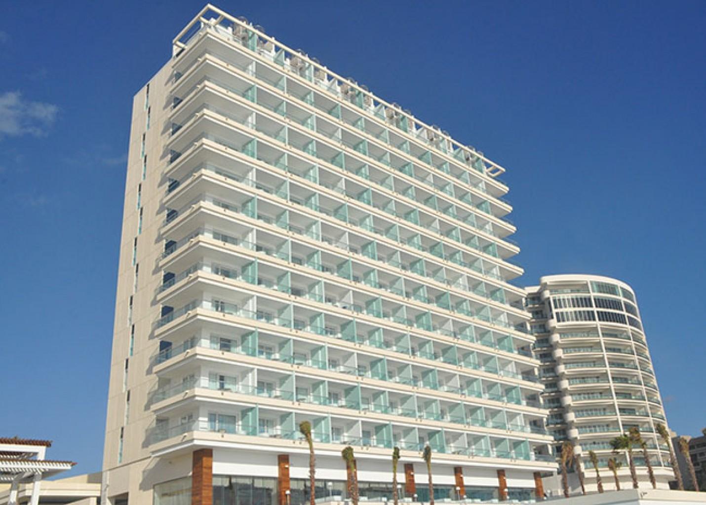 Conheça o novo Iberostar Cancun Star Prestige em 50 fotos
