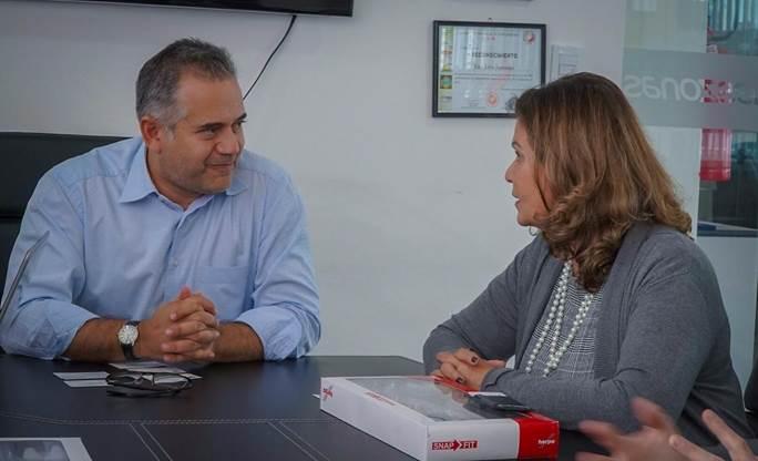 Teté Bezerra se reúne com Sérgio de Urioste para debater ampliação de conectividade aérea entre Brasil e Bolívia