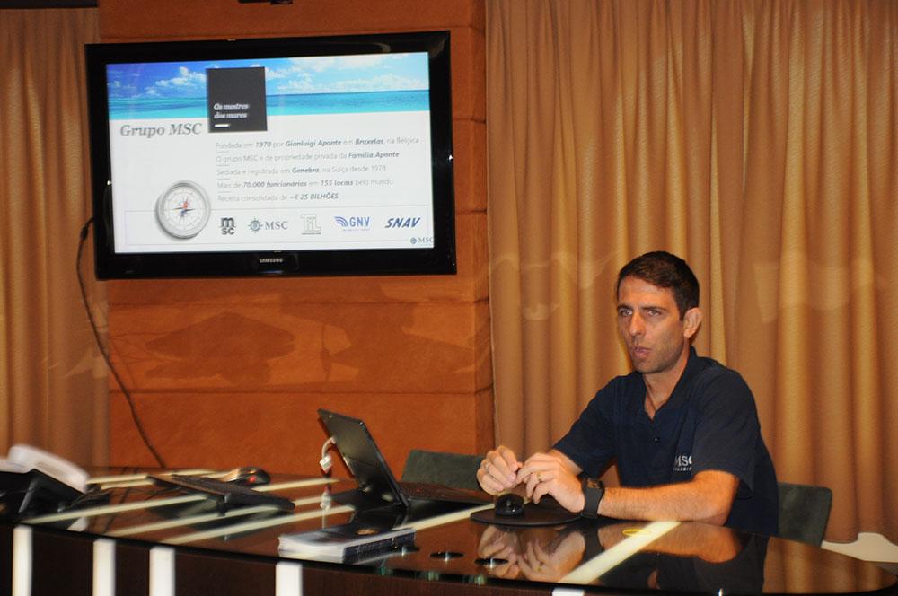 Ivan Mauro, executivo de Vendas da MSC, liderou o treinamento na manhã desta terça-feira