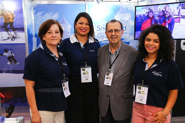 O presidente da Abav-PR, Antônio Azevedo, esteve no estande da Snowland durante o Salão Paranaense 2018