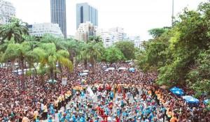 Cerca de 42% dos brasileiros planejam viagem de Carnaval com menos de um mês de antecedência