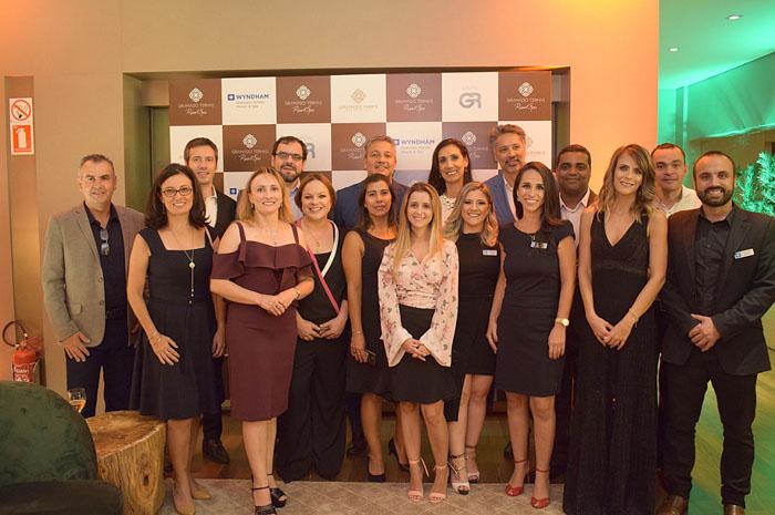 Equipe da Wyndham Hotels e Resorts e do Wyndham Gramado Termas Resort e Spa - foto Fábio Mendonça