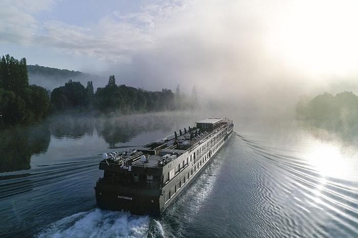 The B trocará o Rio Sena por dois novos trajetos na Europa Central