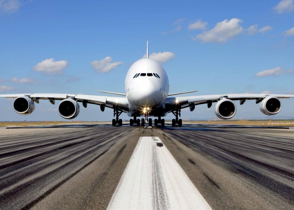 A380-runway-crop