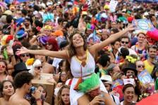 Os 10 destinos mais baratos para viajar no Carnaval, segundo pesquisa do Kayak