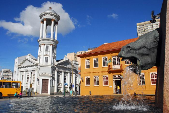 Curitiba se destaca como sede para feiras, eventos de negócios e turismo de lazer