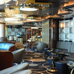 Espaço conhecido como Club 6, aconchegante e próximo ao cassino