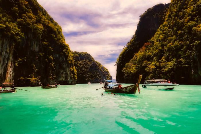 Ilhas Phi Phi, em Krabi, na Tailândia - País é muito buscado por países asiáticos