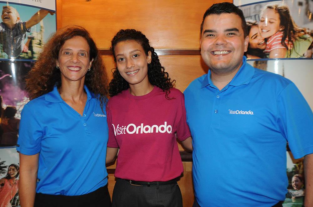 Jane Terra, Aline Terra e André Almeida, do Visit Orlando