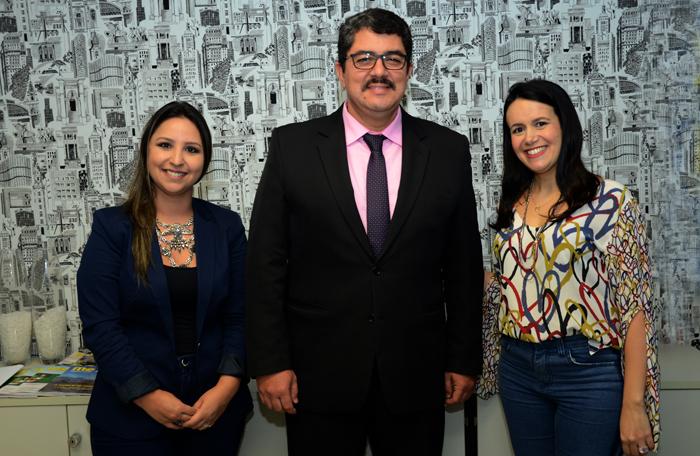 Kelly Castanger, Marcos Lucas e Juliana Assumpção, da Aviesp