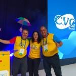 Marcelo Oste e Adriano Gomes, junto com Fabrícia Ouriveis, mestre de Cerimônia da Convenção