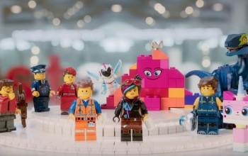 Novo vídeo de segurança da Turkish Airlines traz personagens de Lego Movie II