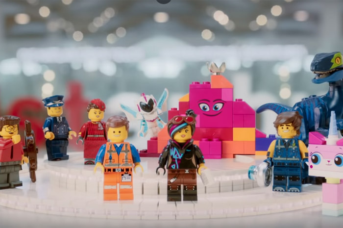 Novo vídeo da Turkish Airlines usou mais de 20 milhões de blocos de Lego. (Foto: reprodução Youtube)
