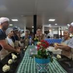 Passageiros aprenderam a fazer chipa paraguaia