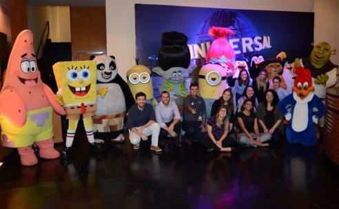 Universal and U capacitará 3,5 mil agentes em dez cidades; veja fotos de SP