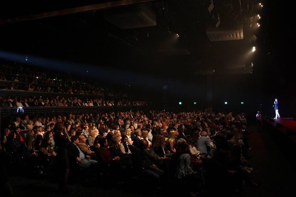 Salão Preto e Prata conta com capacidade para 900 pessoas sentadas.