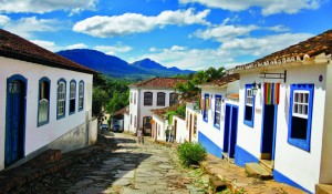 """Revista norte-americana classifica Tiradentes-MG como a """"cidade mais bonita do Brasil"""""""
