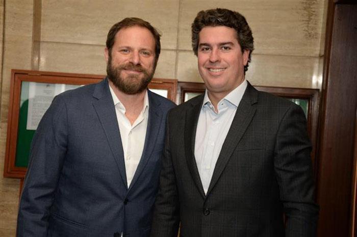 Neto (à direita) contará com o apoio de nomes como vice-presidente Luciano Guimarães