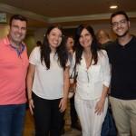 Ana Cristina, da Secretária de Turismo do Estado de São PAulo, entre, MArcelo Fachada, Wania Seixas e Renato Anjos, da Prefeitura de Santos