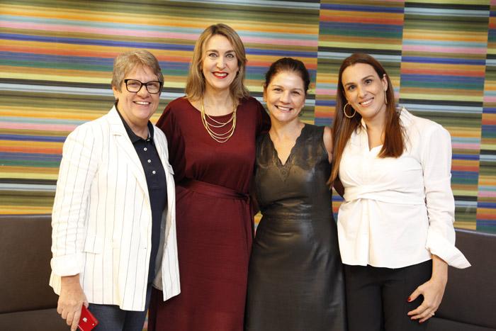 Ana Maria Berto, diretora da Orinter, Luciane Leite, diretora da WTM-LA, Daniela Roman, presidente da Intermaerican Network, e Adriana Cavalcanti, presidente do Conselho da WTM-LA