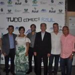 Autoridades reunidas na premiação da campanha Tudo Começa Azul