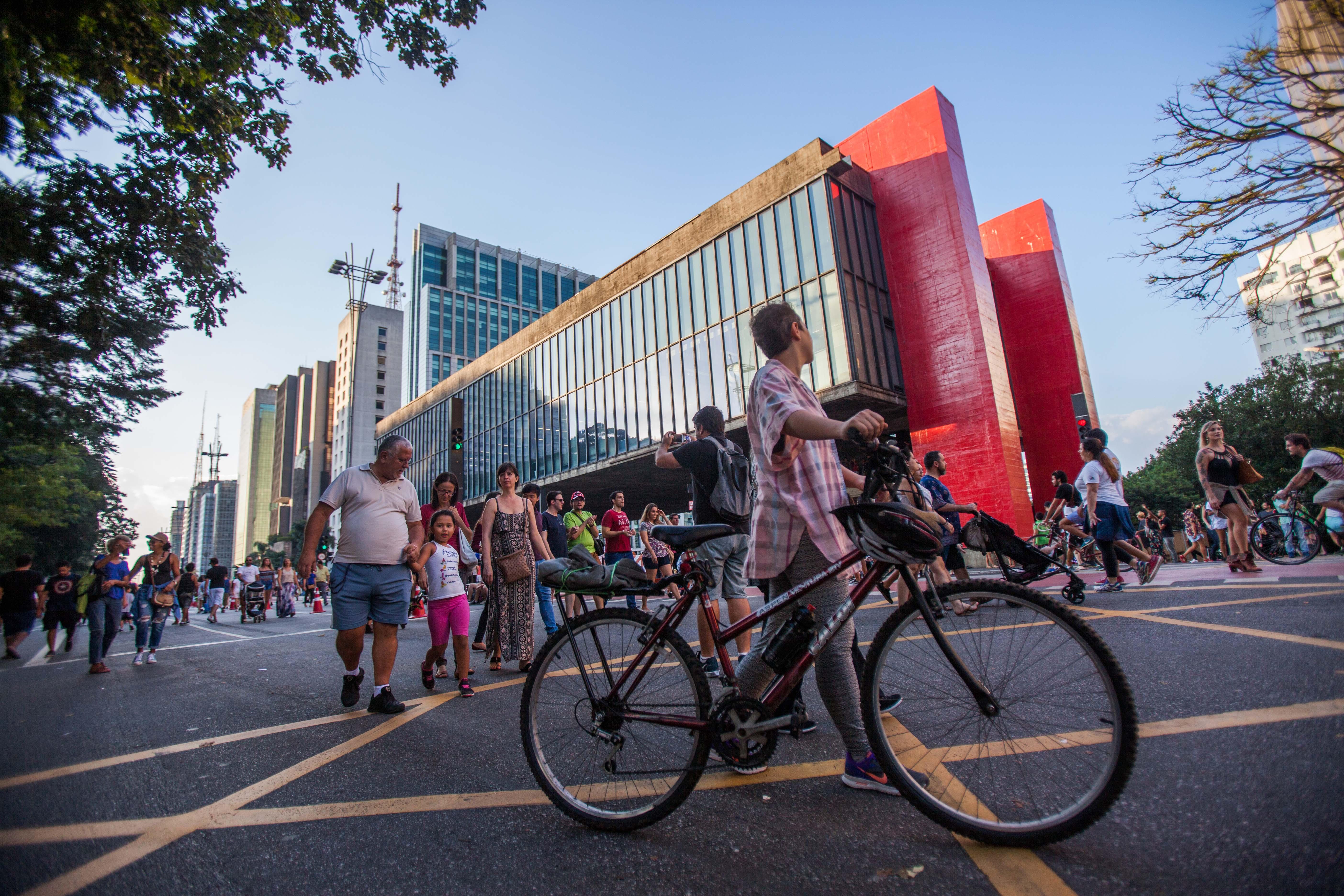 Avenida Paulista, um dos símbolos de São Paulo (Foto: Rogério Cassimiro - MTUR)