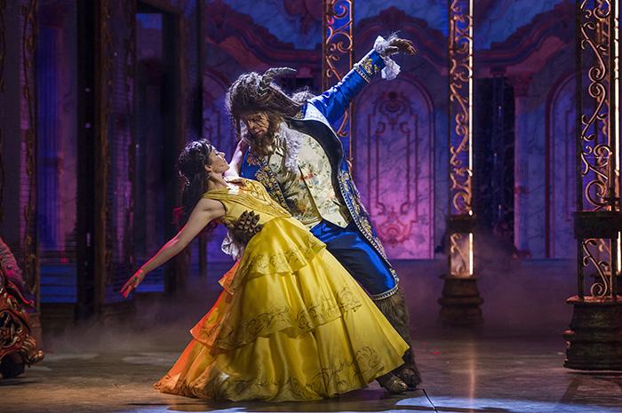 Bela e Fera é uma das três apresentações do Disney Dream.
