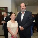 Chieko Aoki, fundadora e presidente da Blue Tree Hotels, e Eduardo Sanovicz, da ABEAR