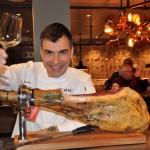 Hola! Tapas Bar do Chef Rámon Freixas, vencedor de duas estrelas Michelin