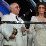 A madrinha da armadora, Sophia Loren, esteve presente na cerimônia
