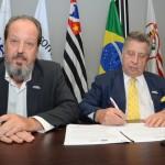 Eduardo Sanovicz, da ABEAR, e Raul Souza Sulzbacher, presidente do Visite São Paulo