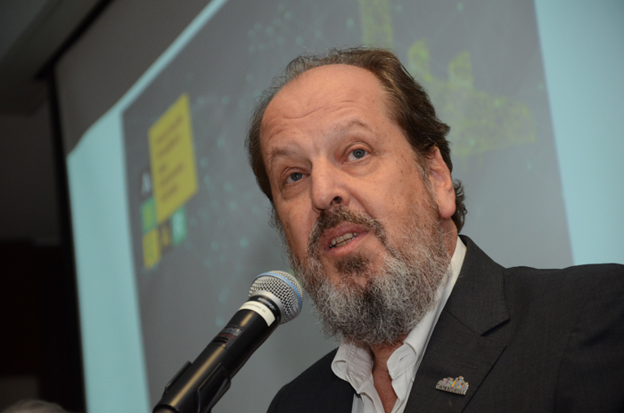 Eduardo Sanovicz, presidente da Abear, participa do II Fórum Conectividade