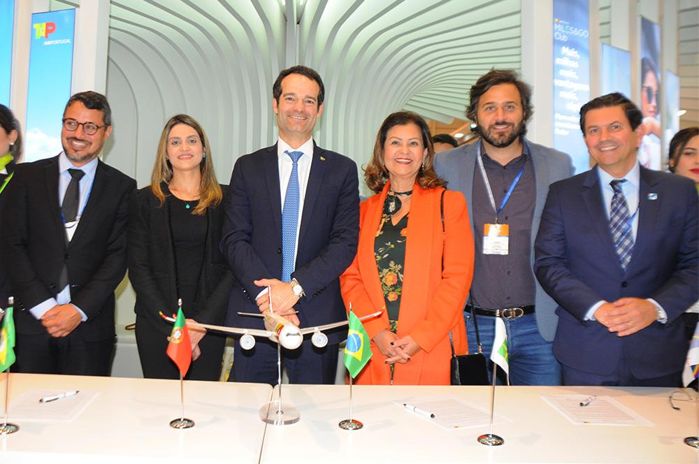 Fausto Franco, da BA, Denise Carra, do CE, Antonoaldo Neves, da TAP, Teté Bezerra, da Embratur, Rodrigo Novaes, de PE, e Otávio Leite, do RJ
