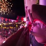 Festas e show de fogos fecham o dia no Disney Dream