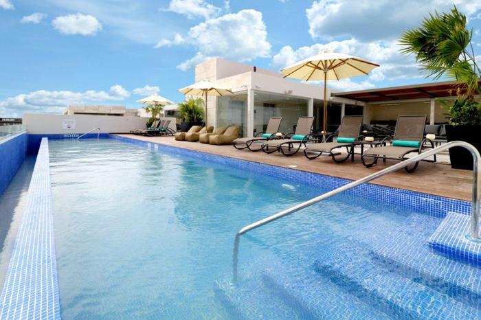 Holiday Inn Express & Suites Playa del Carmen México