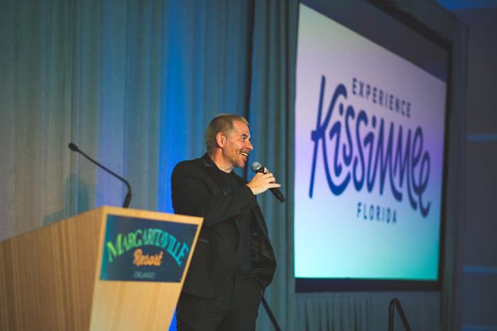 O comediante e ator Leandro Hassum ficou responsável pela apresentação da cerimônia de encerramento