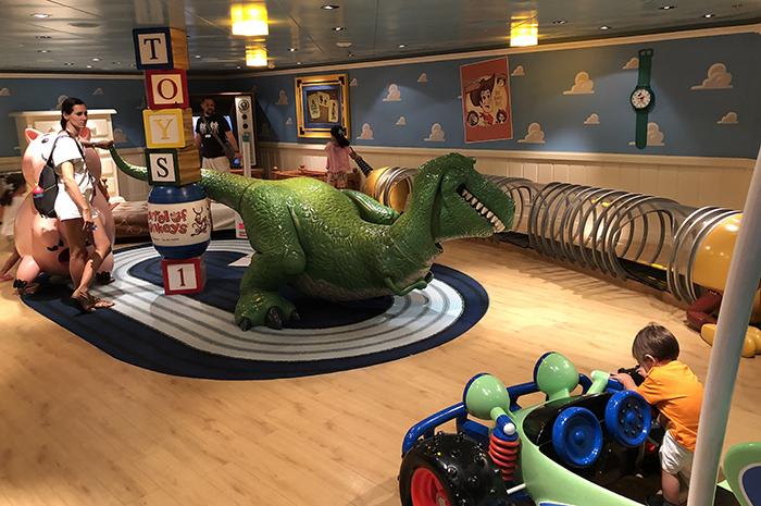 No Disney's Oceaneer Club é possível fazer uma imersão no univero de Toy Story